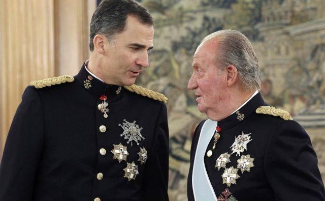 Juan Carlos je junija 2014 predal prestol sinu Filipu VI. Foto: Reuters