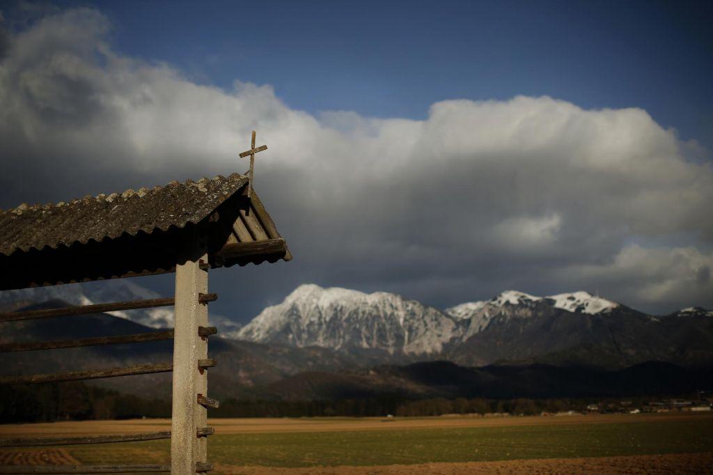 Planinska zveza: Gore bodo počakale
