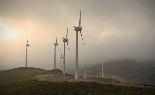 S sončnimi in vetrnimi elektrarnami pa ne bomo mogli zagotavljati (dovolj) kakovostne elektrike. FOTO: Jure Eržen/Delo