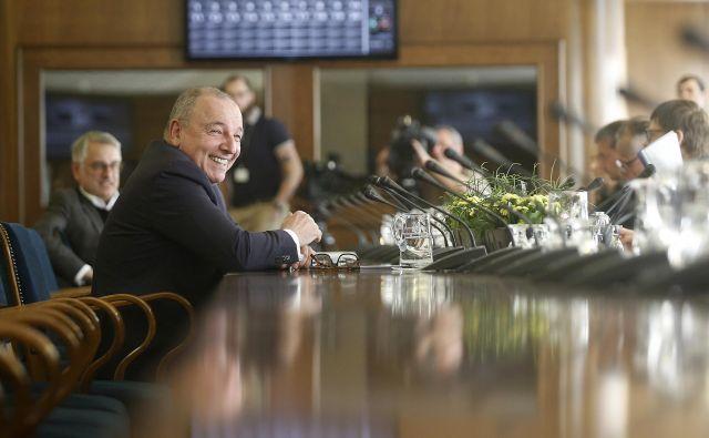 Minister za finance Andrej Šircelj je predstavil interventni zakon za odlog plačila bančnih obveznosti. FOTO: Blaž Samec/Delo