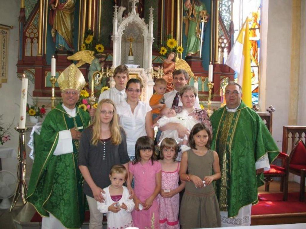 Koprivčeve odlikovala novomeška škofija