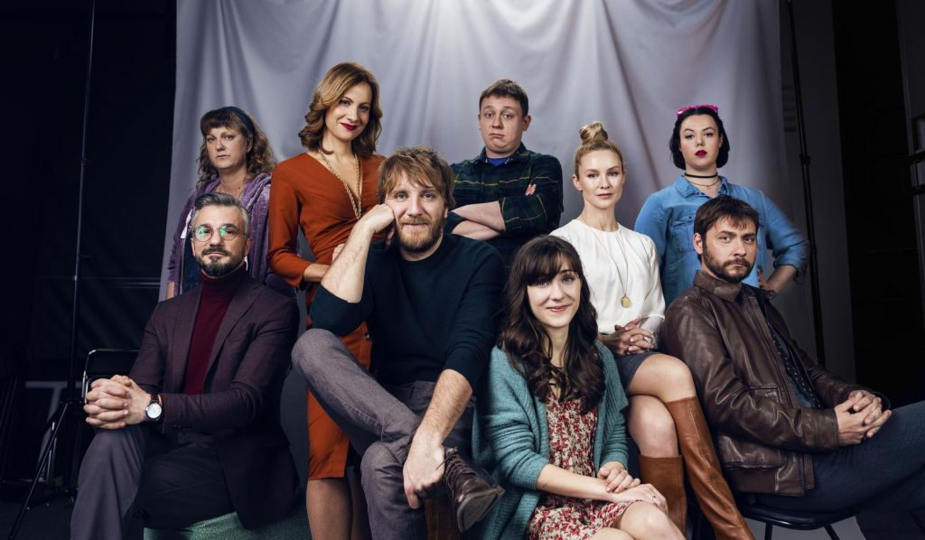Serija Srečno samski: Liki so odrasli, gledalci pa tudi
