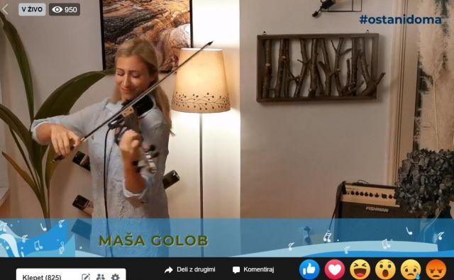 Večer je odprla violinistka Maša Golob.FOTO: Zdenko Matoz