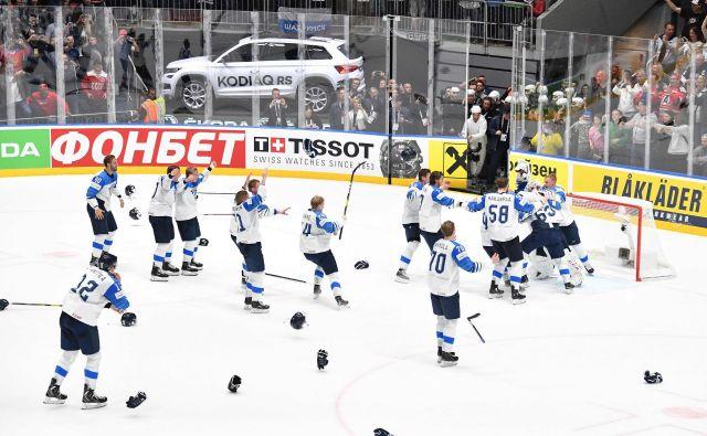 Pred enim letom so se naslova svetovnih prvakov v Bratislavi veselili finski hokejisti. FOTO: AFP