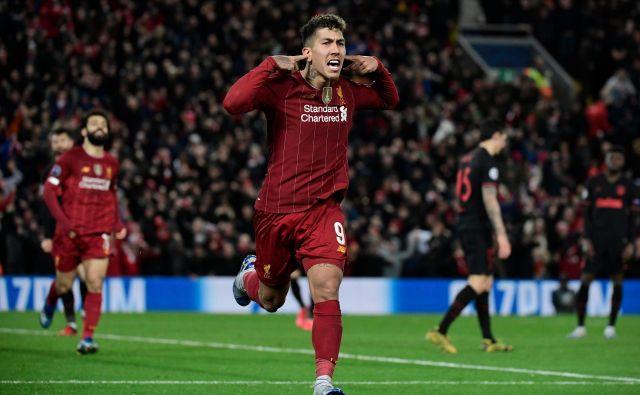 Naslov prvaka v ligi prvakov so branili nogometaši Liverpoola (na fotografiji Roberto Firmino), ki so že potegnili kratko v dvoboju z Atleticom iz Madrida. FOTO: AFP