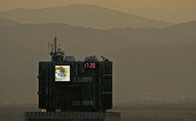 Zdaj je čas pandemije in težko se je izogniti tihemu pritisku po paralelah. FOTO: Matej Druznik/Delo