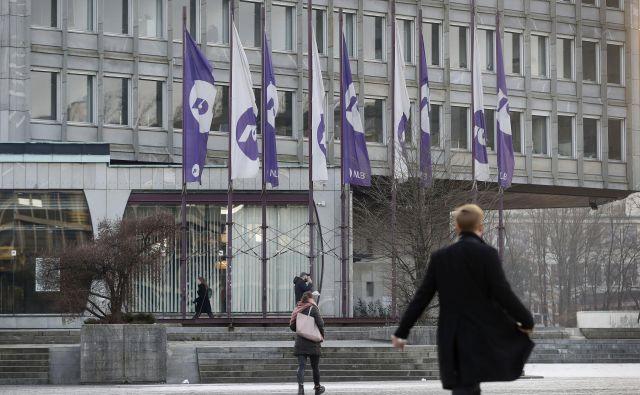 Banke in hranilnice, ki delujejo, bodo na dan izplačila pokojnin, 31. marca, večinoma odprte od 8. do 13. ure. FOTO: Leon Vidic/Delo