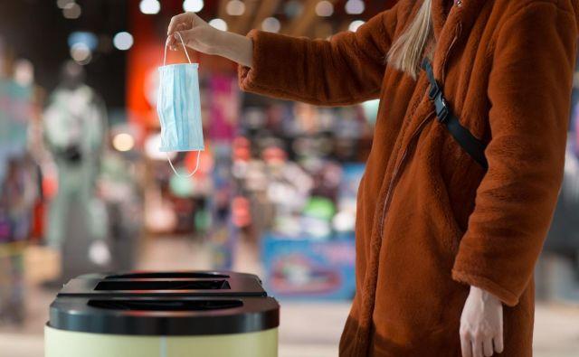 Kako odlagati odpadke, če ste okuženi s covid-19? Foto Shutterstock