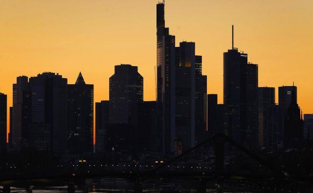 Pred evropskim gospodarstvom so težki časi. FOTO: Daniel Roland/AFP