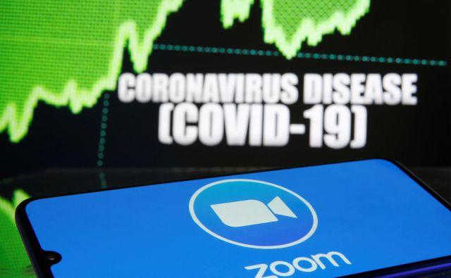Koronavirus je pospešil uporabo aplikacij, ki omogočajo delo na daljavo. Foto Reuters