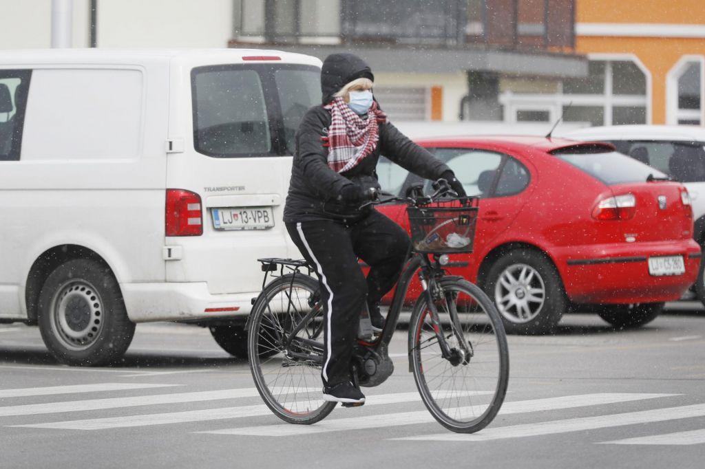 FOTO:Stanje v Sloveniji še vedno stabilno, potek epidemije smo upočasnili