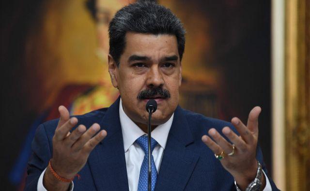 State Department je hkrati za Nicolásom Madurom razpisal tiralico z nagrado za informacije, ki bodo privedle do njegove aretacije, v višini 15 milijonov dolarjev.Foto: Yuri Cortez/Afp