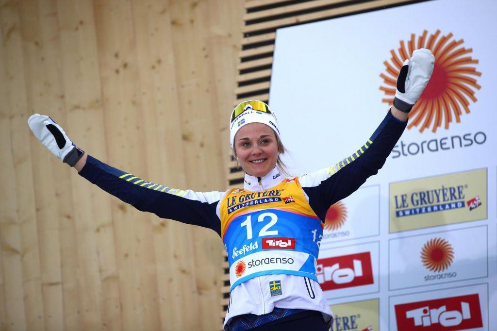 Švedska šampionka pokazala svoja kolena in postavila vprašanje