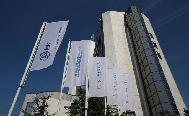 Novartis je poleg finančnih sredstev podaril tudi dezinfekcijska sredstva in zaščitno opremo. FOTO:Jože Suhadolnik/Delo