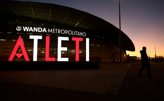 Pred štadionom Atletica v Madridu je žalostno ozračje.<br /> FOTO: Reuters