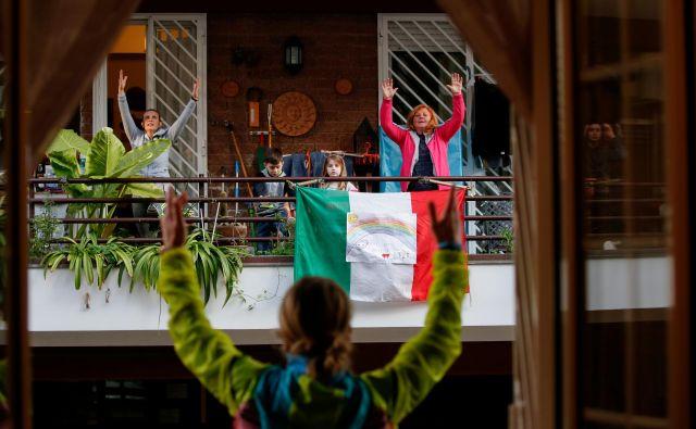 V Italiji se ob vsem, kar doživlja, krepijo domoljubni sentimenti in nacionalna gorečnost.Foto: Reuters