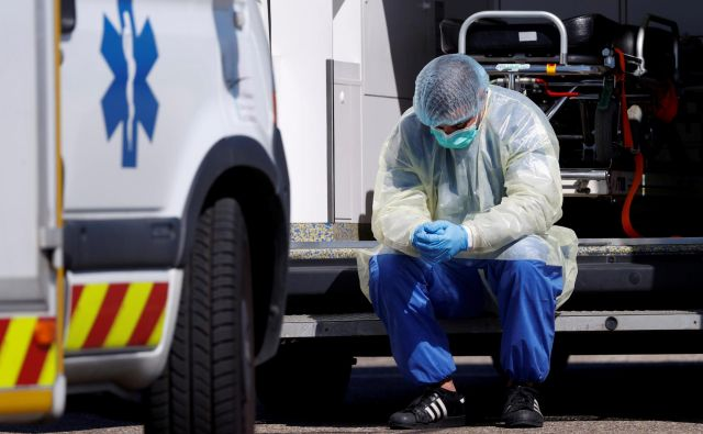 Pandemija je razkrila tudi pomanjkljivosti francoskega zdravstvenega sistema. Foto: Reuters