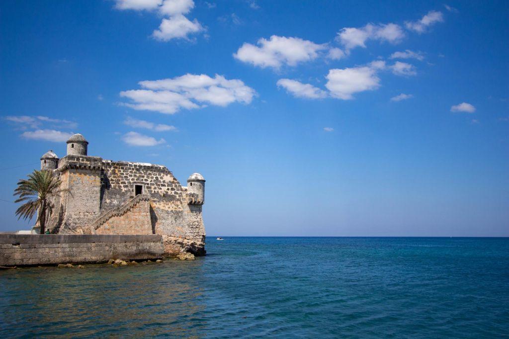 FOTO:Kjer je Papa srkal daiquiri in zrl v morje