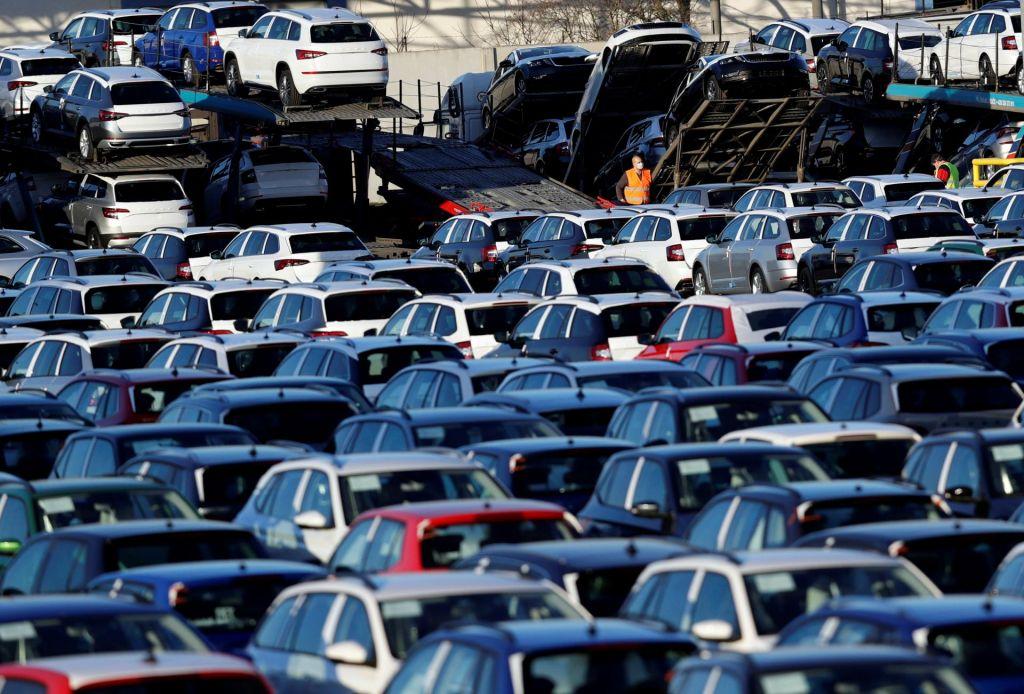 Ko vsak od velikih trgov izgubi tri milijone kupcev avtomobilov