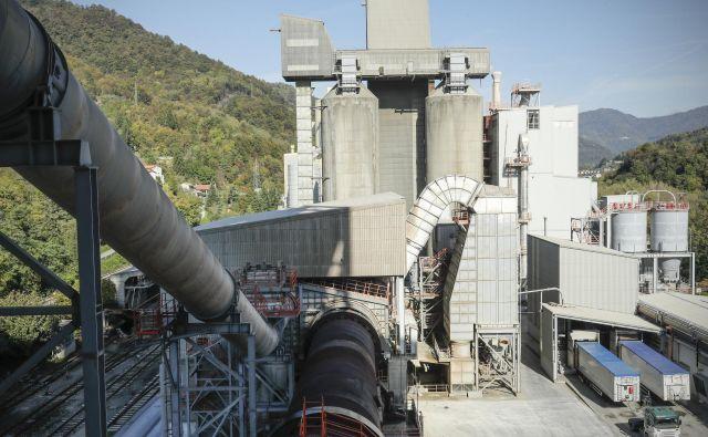 Proizvodnja cementa je avtomatizirana, ne potrebuje veliko ljudi. FOTO: Uroš Hočevar/Delo
