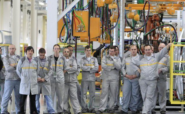 Ključni ukrepi so tisti, ki prinašajo delovna mesta. FOTO: Leon Vidic / Delo