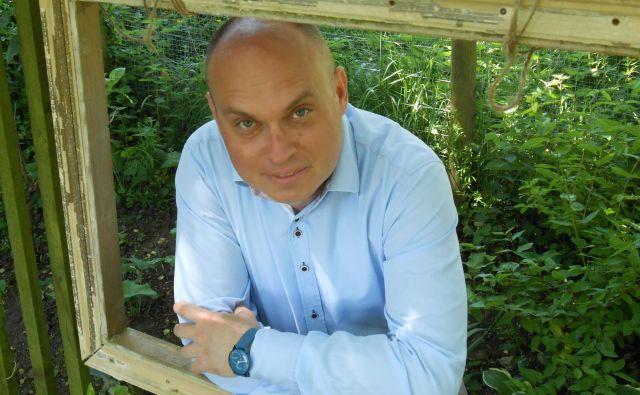 Dr. Dan Podjed, antropolog, raziskovalec pri ZRC SAZU: Obstoj človeštva zaradi koronavirusa ni ogrožen. Je pa ogrožena demokracija.FOTO: Sara Arko