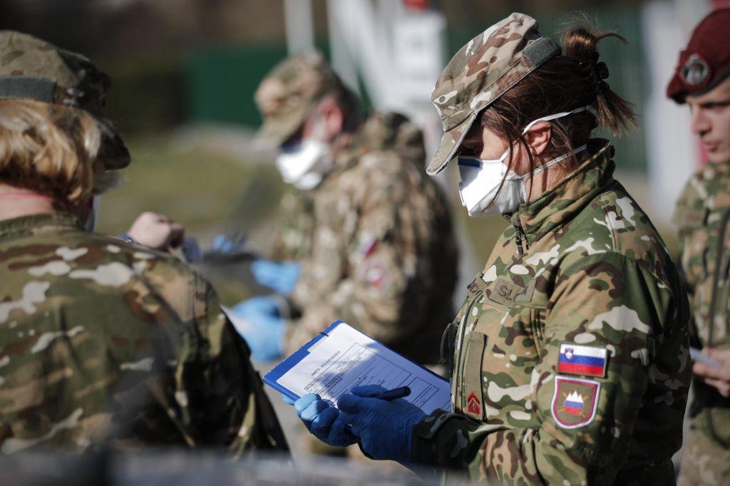 Odbor DZ za obrambo razpravlja o podelitvi pooblastil vojski