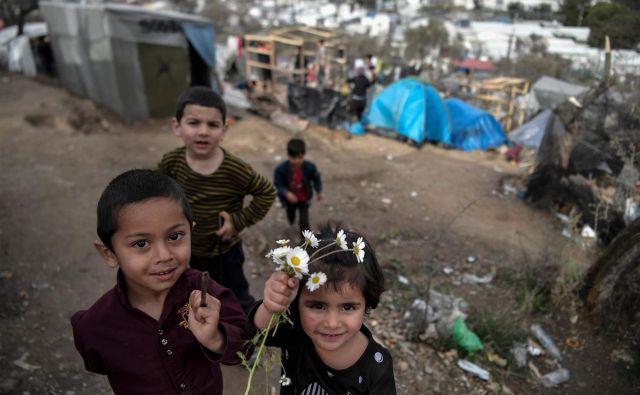 Katastrofa v taborišču Moria na Lezbosu je ena od posledic nedelujočega evropskega azilnega sistema. FOTO: Louisa Gouliamaki/AFP