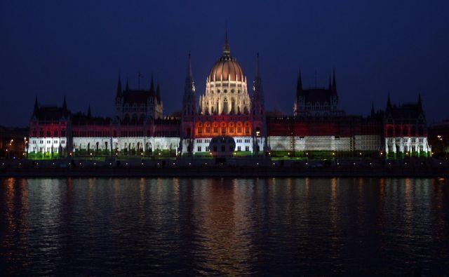 Prve podpisane članice so se izognile konkretni omembi Madžarske v izjavi o ogroženosti demokracije, pravne države in svobode tiska. Vlada bo lahko vladala tudi brez madžarskega parlamenta. Foto Laszlo Balogh/Reuters