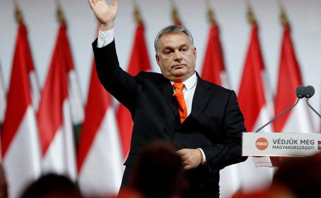 Bo madžarski premier <strong>Viktor Orbán</strong> moral pomahati svoji politični družini v slovo? FOTO: Laszlo Balogh/Reuters