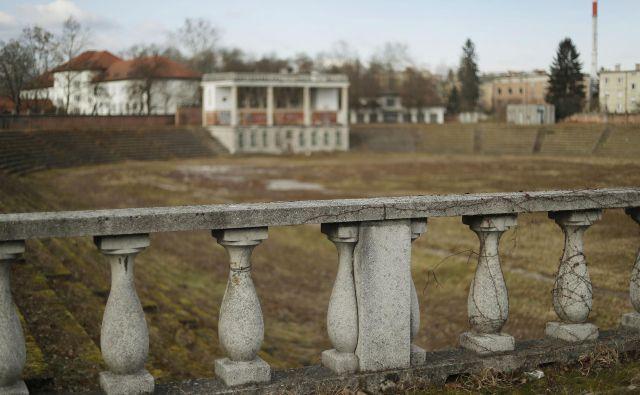 Veliko tribuno oziroma glorieto, dele stare opreme in vrtno-arhitekturno ureditev bodo ohranili. FOTO: Leon Vidic/Delo
