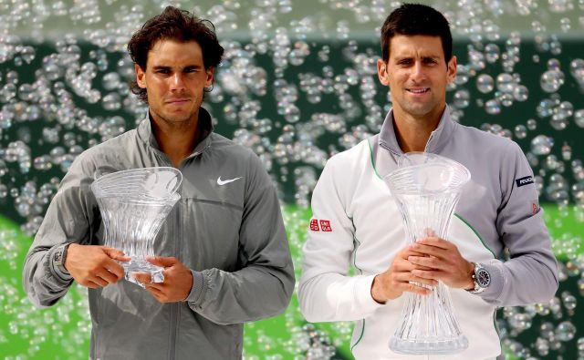 Rafael Nadal (levo) in Novak Đoković sta resda velika tekmeca na teniških igriščih, a tudi prijatelja in človeka s srcem, ki pomagata ljudem v stiski. FOTO: Reuters