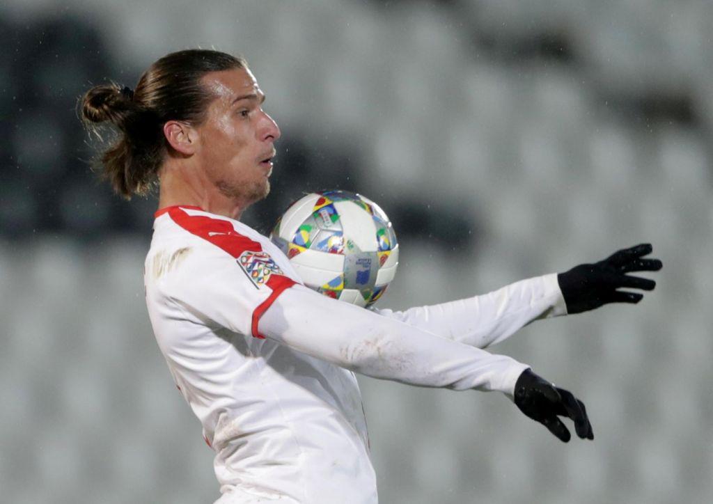 Srbskim nogometašem ne diši karantena