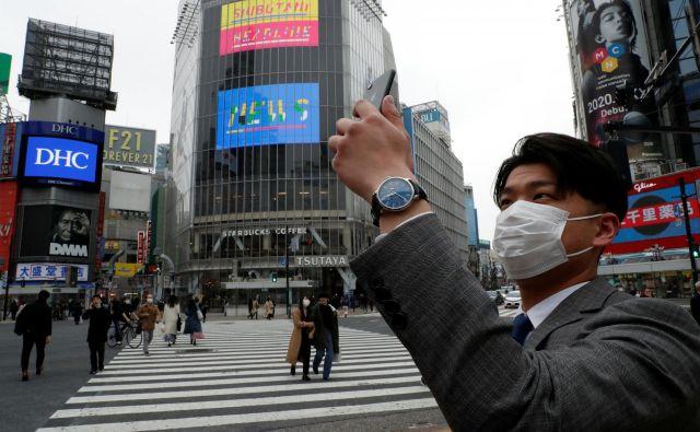 V Tokiu so konec tedna zaznali rekordno rast okužb z novim koronavirusom. FOTO: Reuters