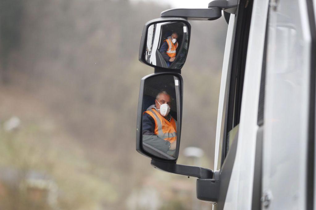 KPK v poslu z izginulimi maskami zaznal korupcijska tveganja