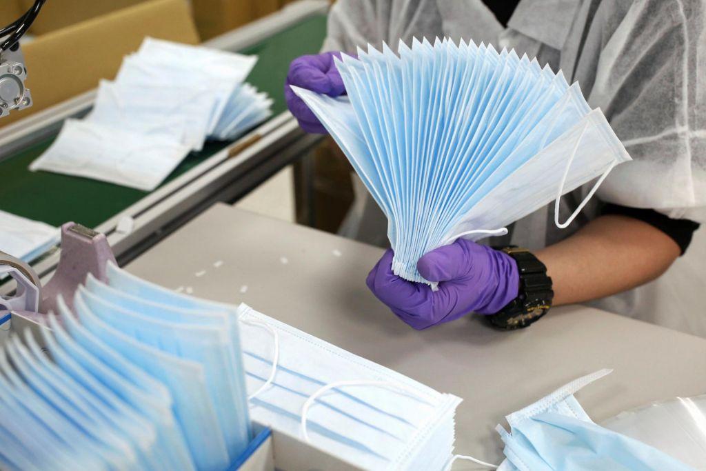 FOTO:Zavod RS za blagovne rezerve ne bo prekinil pogodbe s podjetjem Acron
