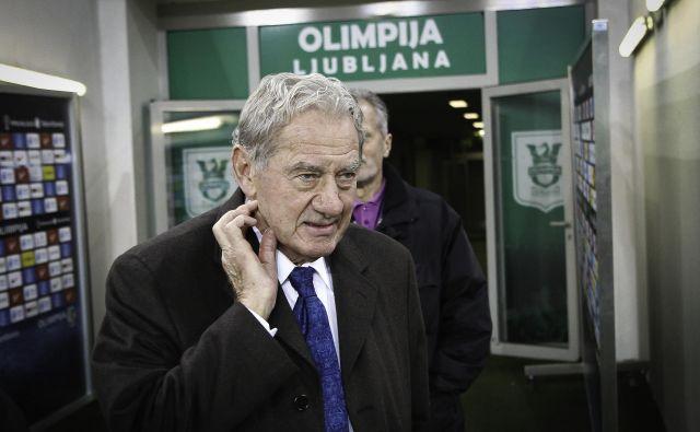 Predsednik Olimpije Milan Mandarić je povlekel prvo potezo v času vladavine koronavirusa: igralcem je začasno znižal plače. FOTO: Jože Suhadolnik