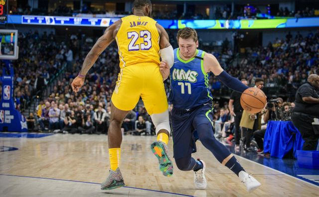 Ko je Luka Dončić »vroč«, mu ne more do živega niti LeBron James. FOTO: USA Today Sports