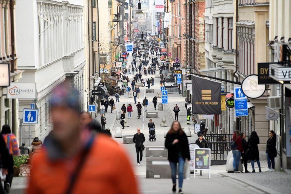 Švedski je usojeno biti zgled – toda kakšen?