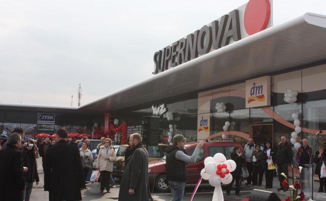Predstavniki Supernove, ki upravlja velike trgovske centre, se z najemniki še dogovarjajo. Foto Boris Šuligoj
