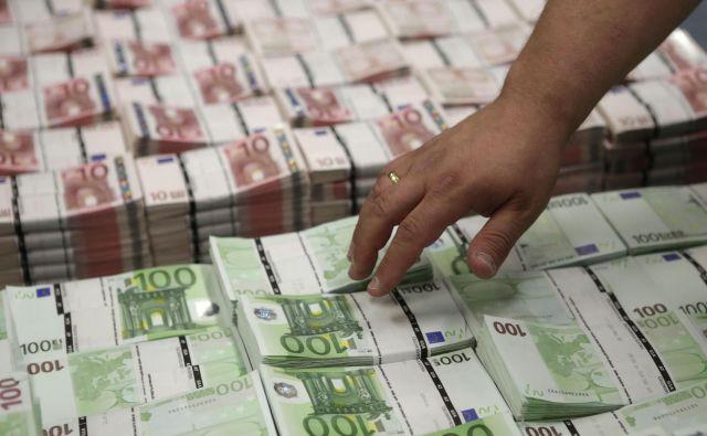 Finančni ministri bodo danes nadaljevali razpravo o 500 milijard evrov vrednih protikriznih ukrepih. Foto: Reuters