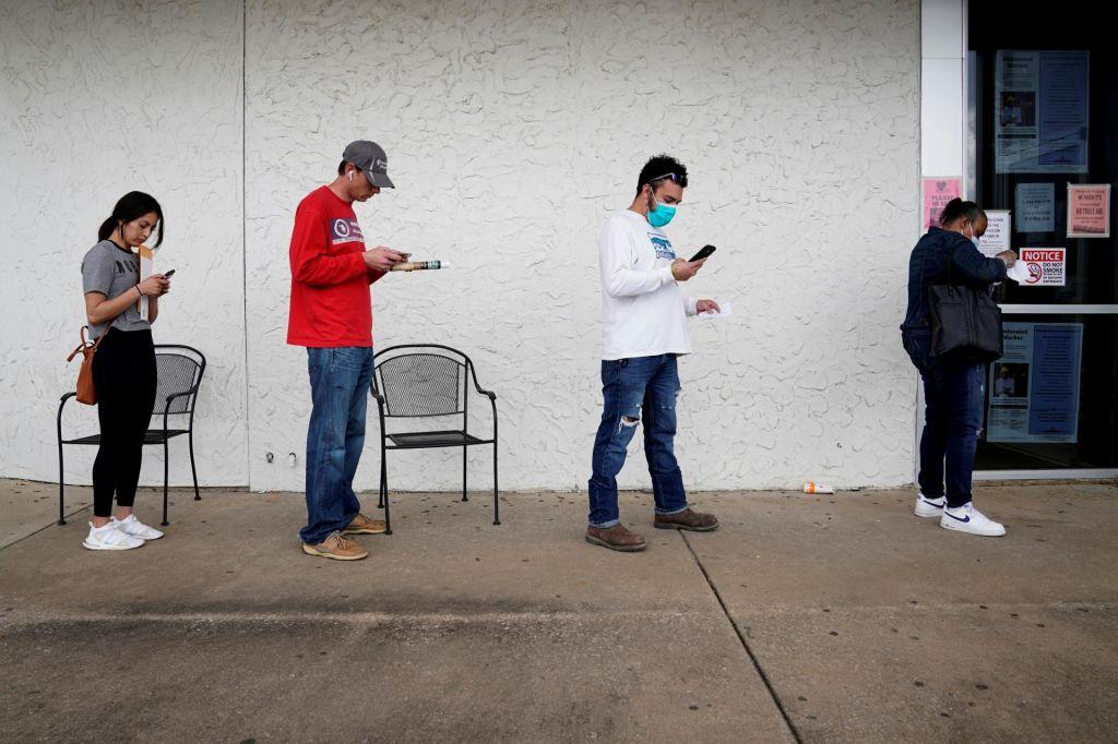 V zadnjem tednu 6,6 milijona novih brezposelnih