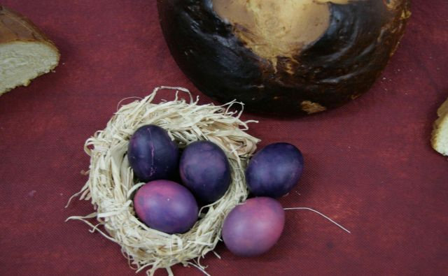 Slovenec v povprečju porabi 181 jajc na leto. FOTO: Jože Pojbič/Delo