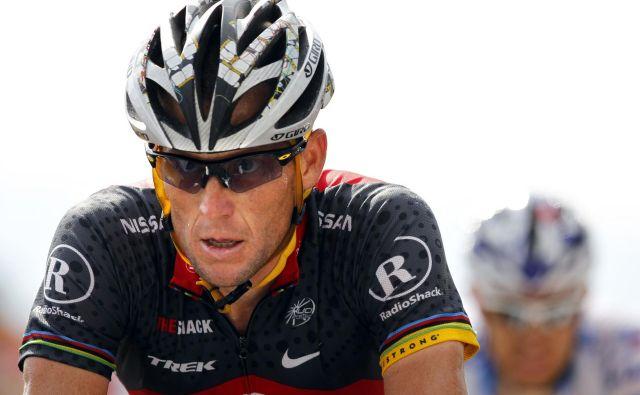 Nekdaj vrhunski kolesar Lance Armstrong, resda zaznamovan z dopingom, je pozval kolesarje, naj se postavijo zase.FOTO: Pictures