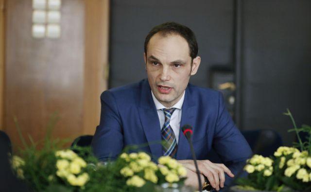 Zunanji minister trdi, da depeša ni nastala na njegovem ministrstvu. FOTO: Leon Vidic/Delo