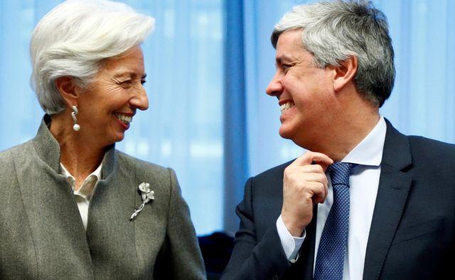 Gospodarska opora Italiji je (spet) tudi v rokah evropskih inštitucij - na fotografji sta predsednica ECB Christine Lagarde vodja evrske skupine Mario Centeno. FOTO: Reuters