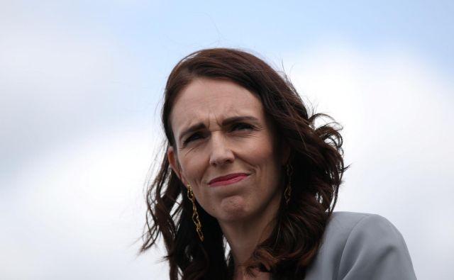 Novozelandska predsednica vlade Jacinda Ardern se je uspešno spopadla z epidemijo. FOTO: Loren Elliott Reuters