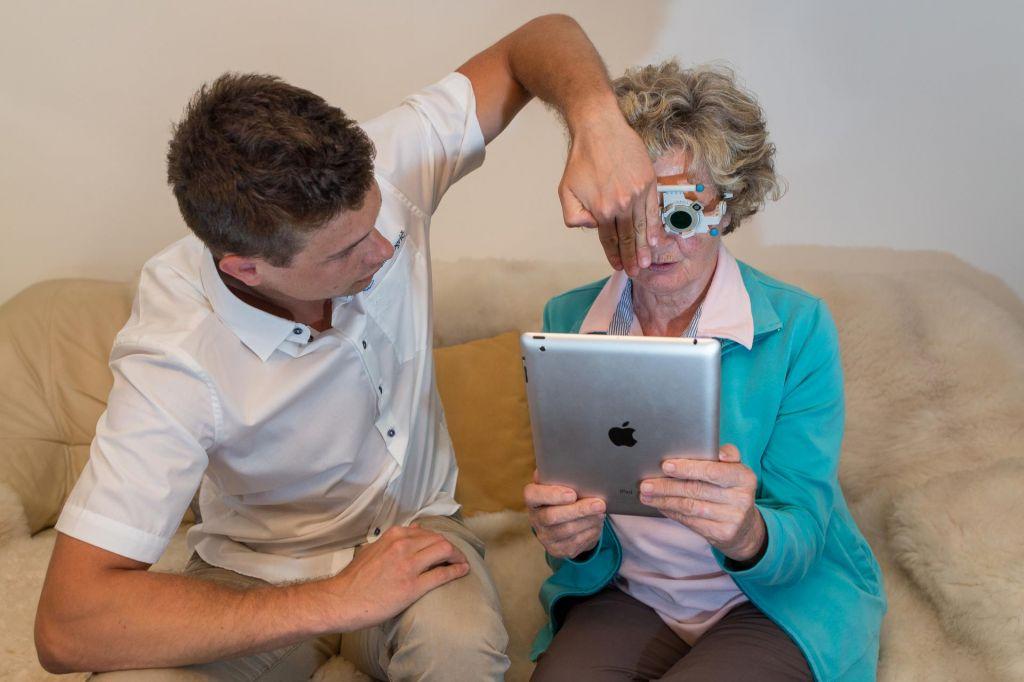 FOTO:Matic Vogrič: optometrist, ki se je vrnil, da bi oral ledino