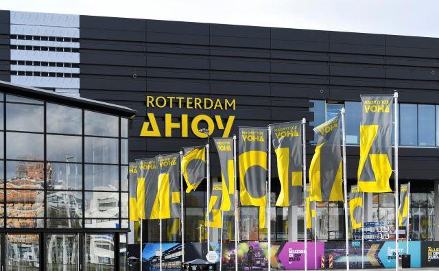 Kot je povedala vodja rotterdamske službe za javno zdravje GGD<strong></strong>Saskia Baas, bodo prve paciente v dvorani Ahoy sprejeli že čez nekaj dni. FOTO: Piroschka Van De Wouw/Reuters