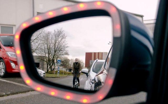 Avtomobilske rešitve so namenjene varovanju kolesarjev, ki prihajajo ob strani od zadaj. Foto Ford